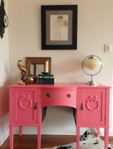 Pink desk 19